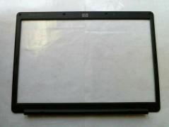 HP 454909-001 LCD BEZEL USED