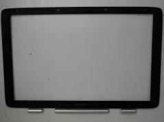 TOSHIBA APTQ001G000 Laptop...