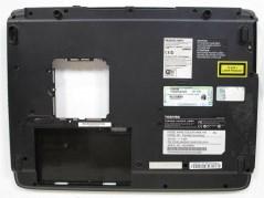 TOSHIBA K000025850 Laptop...