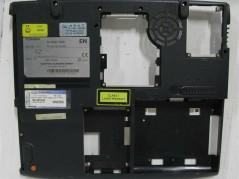 TOSHIBA K000830510 Laptop...