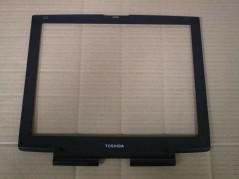 TOSHIBA PM0011350 Laptop...